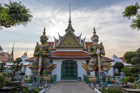 daemon: Two statue giant at churches Wat Arun, Bankok Thailand.