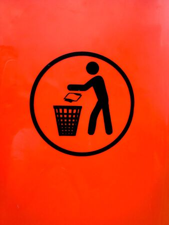 Throw the mess to the trash sign