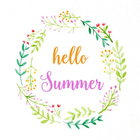 Hallo Sommer auf Aquarellblumenkranzmalerei auf weißem Hintergrund, Jahreszeitgrußkarte