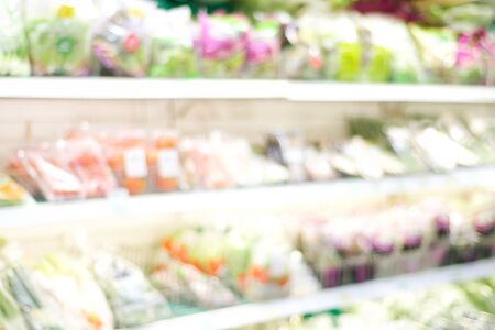 Blurred background, blur products on shelves at grocery store background, business concept Stockfoto
