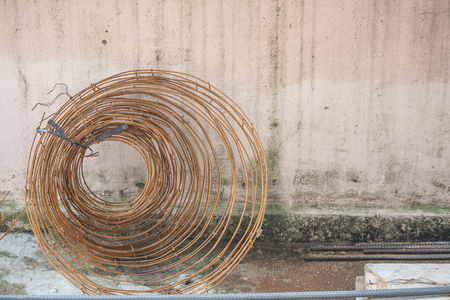 Construction material with rusty steel