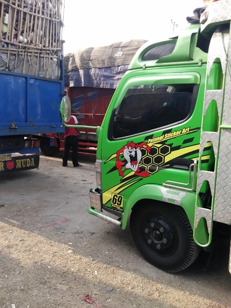 Trucks Editöryel
