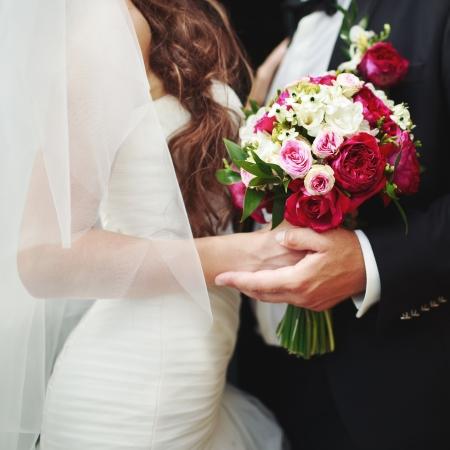 白人のカップルを一緒に結婚式