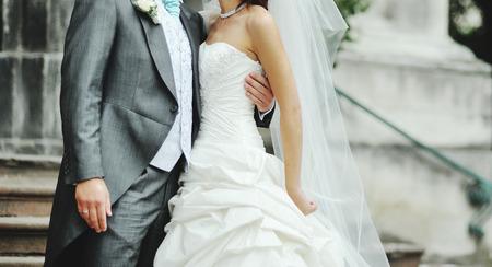 妻と夫。結婚式の日