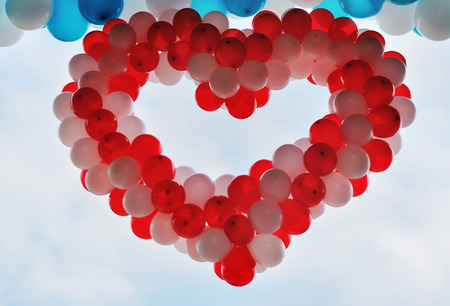 helium: red heart of helium balloons