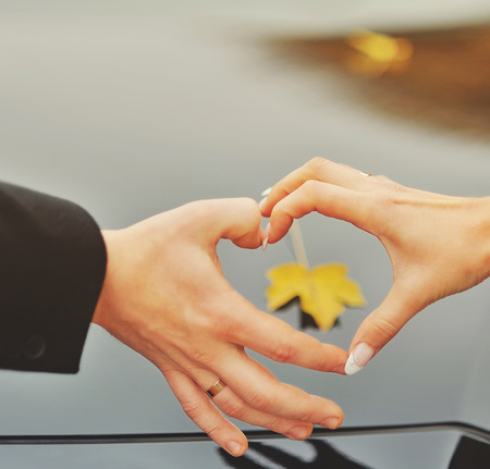 heterosexual: Hands of a heterosexual couple.Love concept.