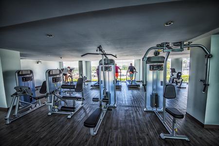 Fitness center in a building Standard-Bild