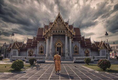 Monk in Marble Temple in Bangkok Sajtókép