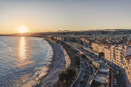 City of Nice at sunset on he French Riviera Standard-Bild - 122842764