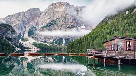 Lago di Braies - Pragser Wildsee, South Tyrol, Italy Archivio Fotografico