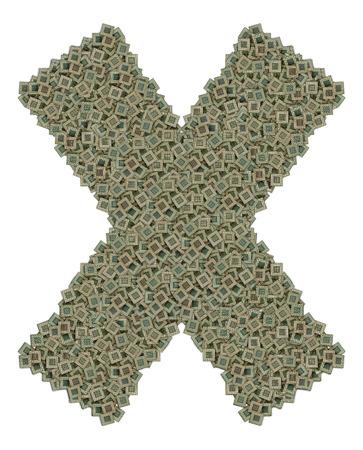 microprocesadores: letra X hecha de hechos de gran cantidad de microprocesadores viejos y sucios, aislado en fondo blanco