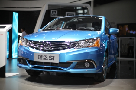 17th: 2013 17th Shenzhen-Hong Kong-Macao International Auto Show Editorial