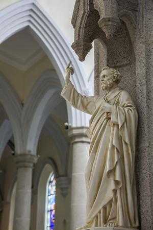 saint paul: The statue of a Saint Paul
