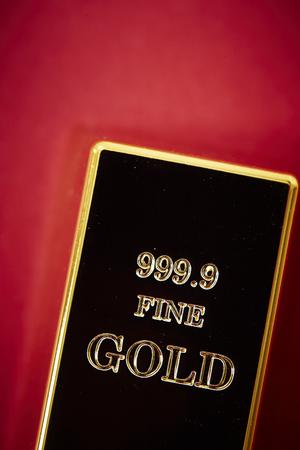 gold: Gold bar