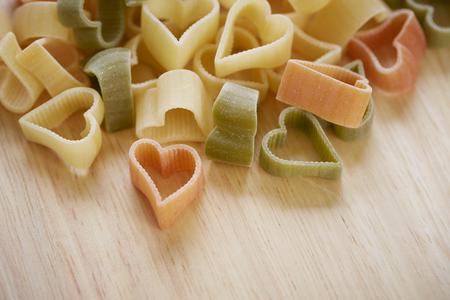 forme: forme de coeur macaroni