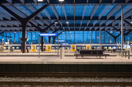 rotterdam central station, train, central station Redakční