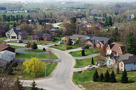 sprawl: Agricultural lands consumed by  courses and suburban sprawl in Central Ontario, Canada