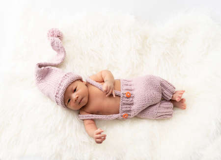 Close up of Asian newborn baby on white background 免版税图像