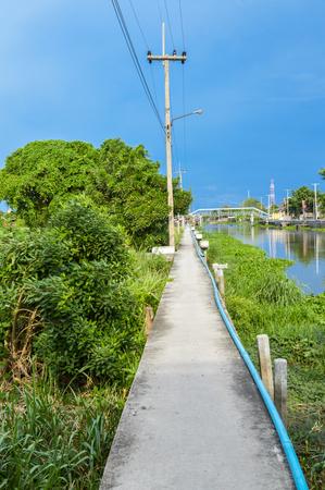 klong: walkway waterfront Klong Preng