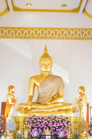 praye: Luang phor tho statue Stock Photo