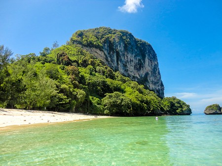Railay beach in Krabi Thailand 版權商用圖片