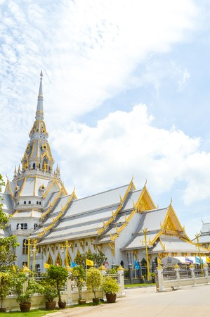 Wat Sothon Taram Worawihan in Chachoengsao Thailand Imagens