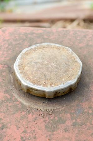 tanque de combustible: Primer plano de la tapa del dep�sito de combustible de edad
