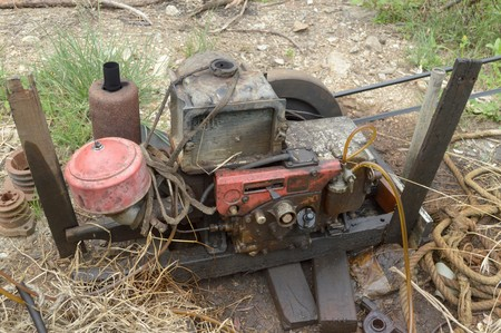 engine: Old engine of truck