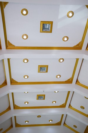 ceiling: lamp on ceiling