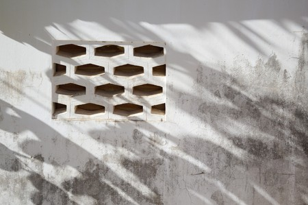 orificio nasal: vieja textura de la pared de cemento Foto de archivo