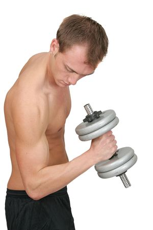 Ein junger Mann passen Aufhebung Gewichte über Walkarbeit weiß Standard-Bild - 4989419