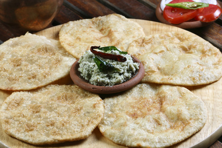 puri: Urad dal puri indian flatbread