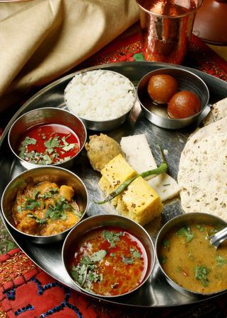 indian cookery: Gujarati Thali