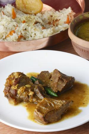 bengali: Mangsherkari - a Bengali dish
