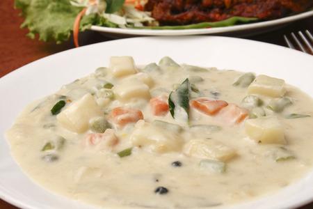 veg: Veg Stew - A stew from Kerala