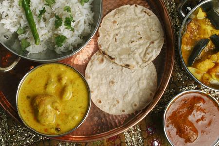 indian cookery: Kadhi Pakori