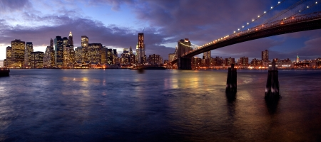 A night scene from Brooklyn, with stunning views of Manhattan Editorial
