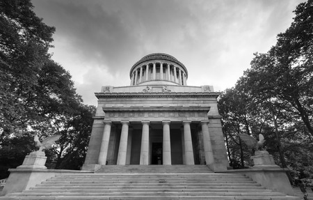 Mausoleum of General Grant in New York in Black and White