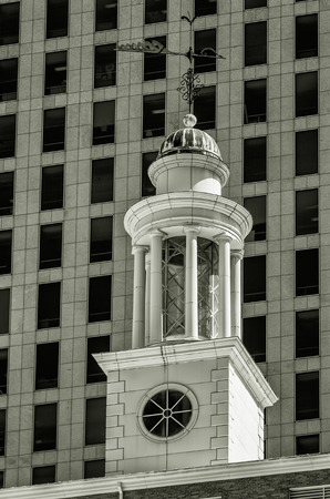 Dome on top of a tower in North St. Paul Street, Dallas photo
