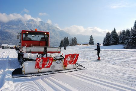 wintersport: snow groomer