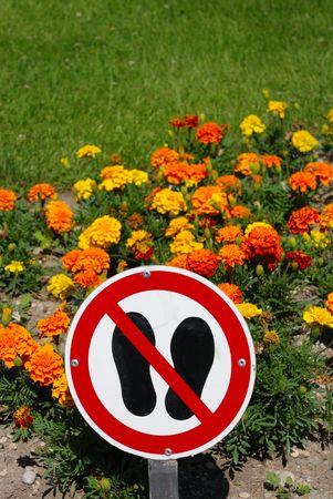keep off Standard-Bild