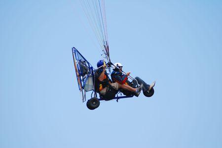 powered tandem para-glider