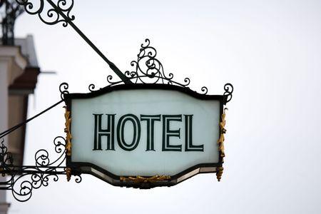 old hotel sign Standard-Bild