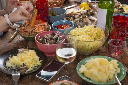 Thanksgiving dinner table. Overhead view Banco de Imagens