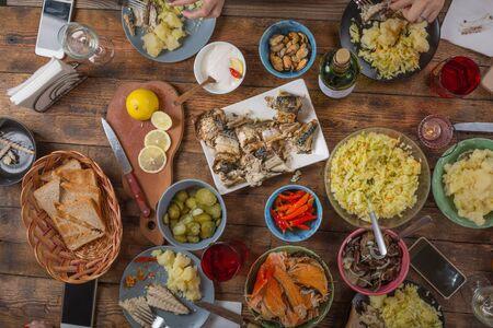 感謝祭のディナーテーブル。オーバーヘッド ビュー