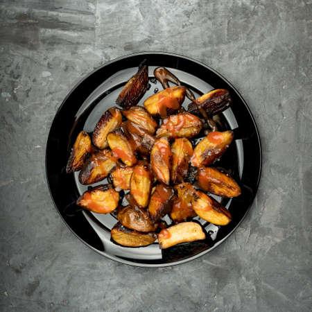 potato wedges, bolani stuffed, delicious baked, flatbread bolani, dill garlic Archivio Fotografico - 157283460
