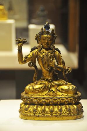 gilt: Gilt bronze Buddha vajrapani statue