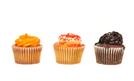 yello: Cupcake isolated on white background