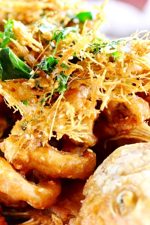 Fish fried herbs Stock Photo - 10268109
