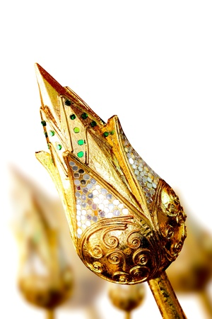 taoism: Lotus flower carved into gold ( Art off the gold 100% )
